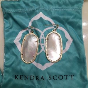 Kendra Scott Danielle Gold Drop Earrings